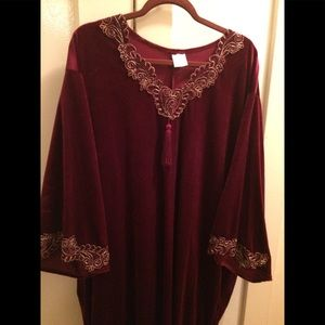 Other - Plus size 1/2x velour house robe/night gown
